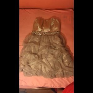 homecoming dress only worn once